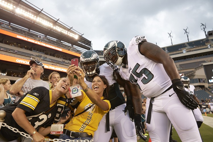 Steelers fans Eagles fans, Steelers support Eagles in Super Bowl