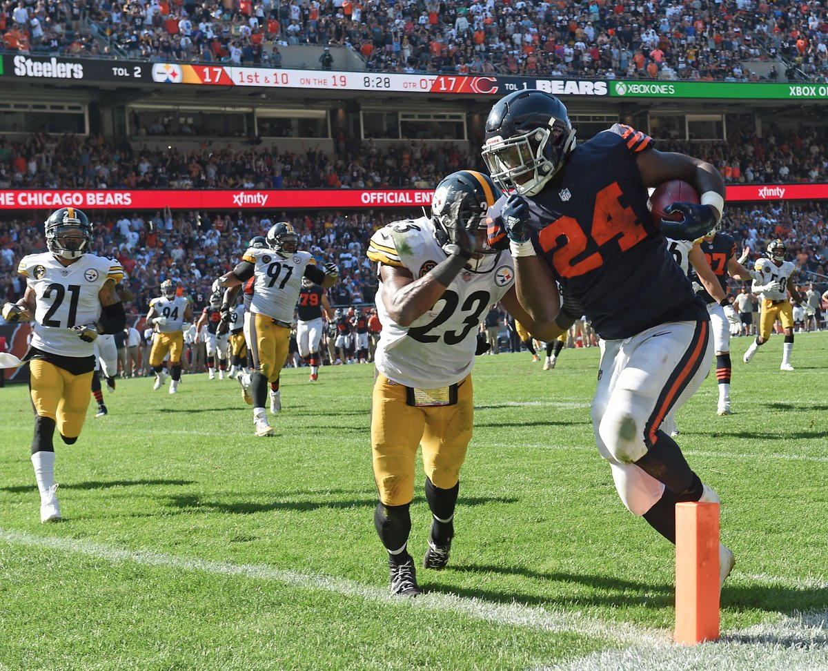 Mike Mitchell, Jordan Howard, Steelers vs Bears