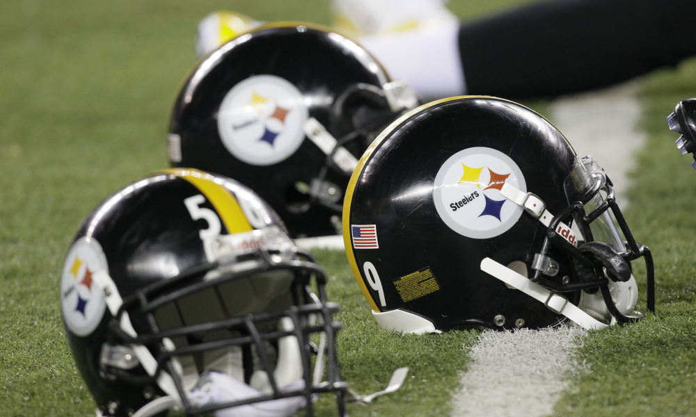 Easter Sunday Suprise U2013 Steelers To Put Logo On Both Sides Of Helmet In 2018