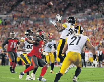Mike Hilton, Mike Hilton interception Buccaneers, Joe Haden, Bud Dupree, Vince Williams