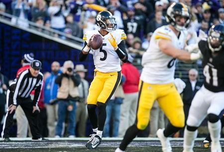 Josha Dobbs, Jesse James, Josha Dobbs 1st NFL pass, Jesse James. Steelers vs Ravens