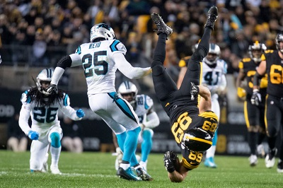 Vance McDonald, Eric Reid, Steelers vs Panthers