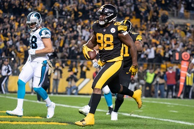 Vince Williams, Vince Williams pick six Cam Newton, Steelers vs Panthers