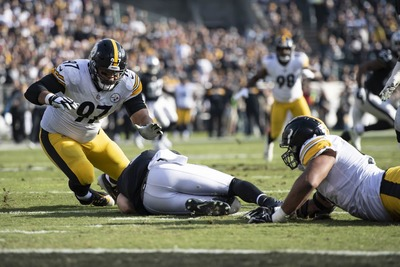 Stephon Tuitt, Derek Carr, Cam Heyward, Steelers vs Raiders