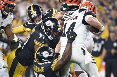Javon Hargrave, Andy Dalton, Steelers vs Bengals, Javon Hargrave sacks Andy Dalton