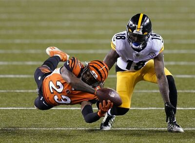 Darruis Philips, Diontae Johnson, Steelers vs Bengals
