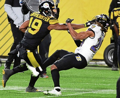 JuJu Smith-Schuster, Ju-Ju Smith-Schuster stiff arm, Steelers vs Ravens