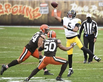 Joshua Dobbs, Jacob Philips, Steelers vs Browns